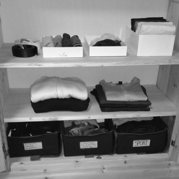 armadio vestiti ordine