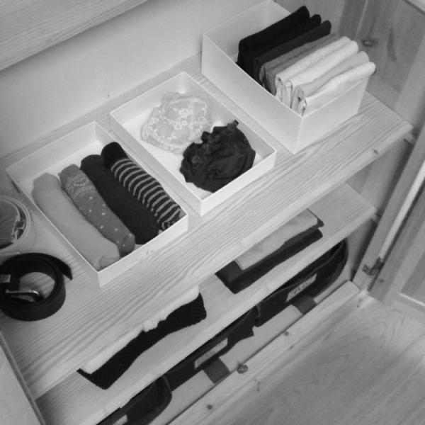 armadio scatole biancheria impacchettare