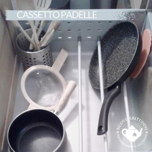 organizzazione cassetto padelle cucina